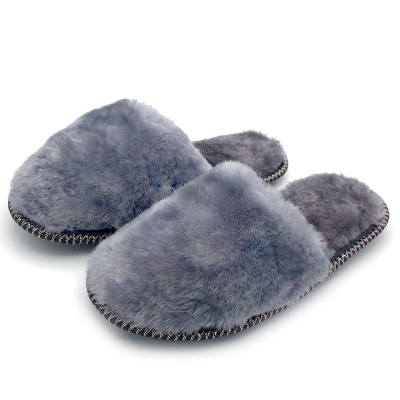 Тапочки из овчины серые на резиновой подошве